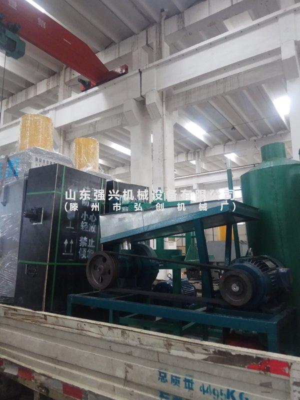 广西贺州顾客订购的60MPa超高压液压榨油机已发出