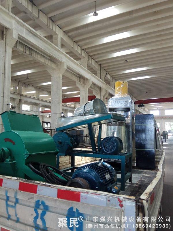 发往湖北黄冈的新型全自动茶籽榨油机设备已发出