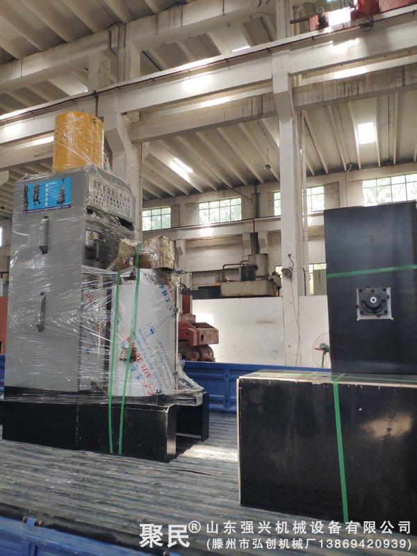 黑龙江牡丹江林口县第3次购买的沙棘果沙棘籽榨油机已发出